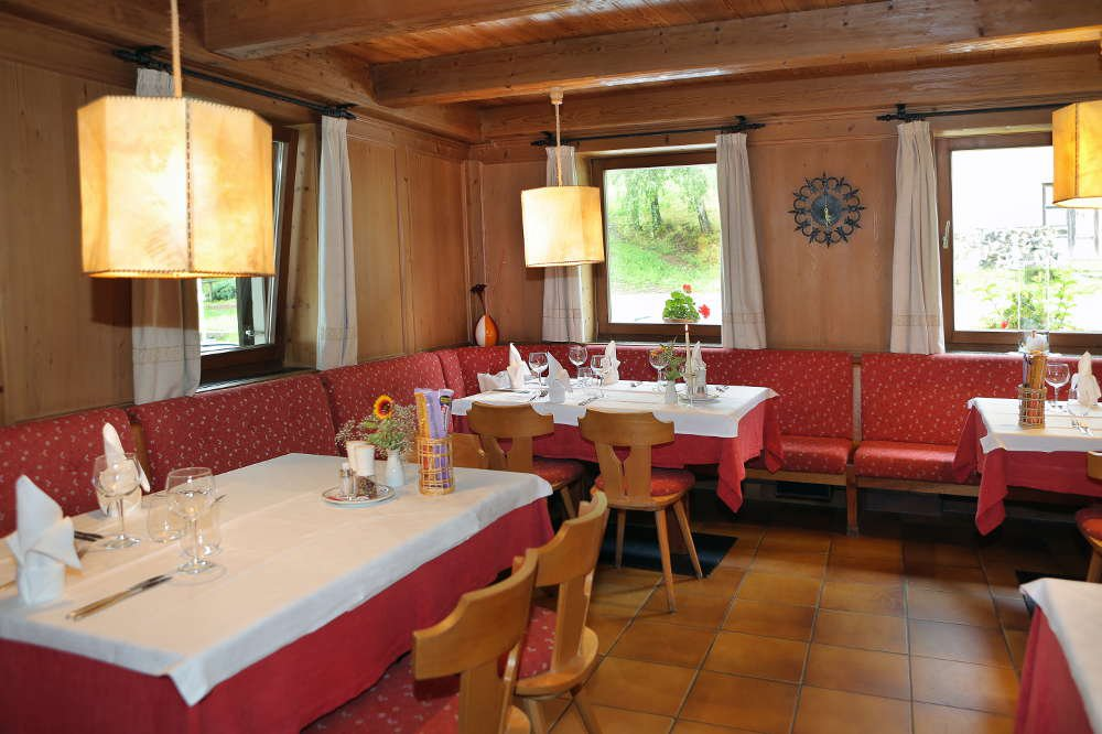 Living in a historical setting: guest rooms at the Inn Ansitz Fonteklaus